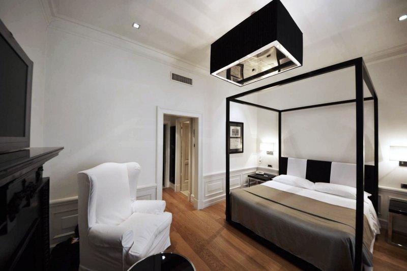 Lad laboratorio di architettura e design hotel isa for Hotel isa design
